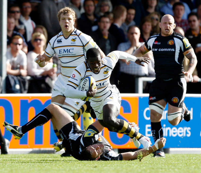 Photo: Richard Lane/Richard Lane Photography. Exeter Chiefs v London Wasps. Aviva Premiership. 25/09/2011. Wasps' Christian Wade attacks.