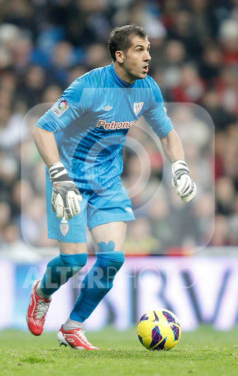 Athletic de Bilbao's Gorka Iraizoz during La Liga Match. November 17, 2012. (ALTERPHOTOS/Alvaro Hernandez)