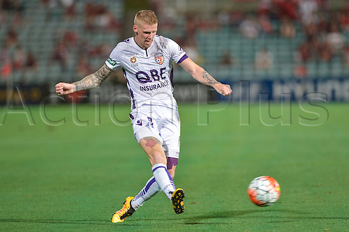 26.02.2016. Pirtek Stadium, Parramatta, Australia. Hyundai A-League. Western Sydney Wanderers versus Perth Glory. Perth forward Andy Keogh in action. The Wanderers won 2-1.