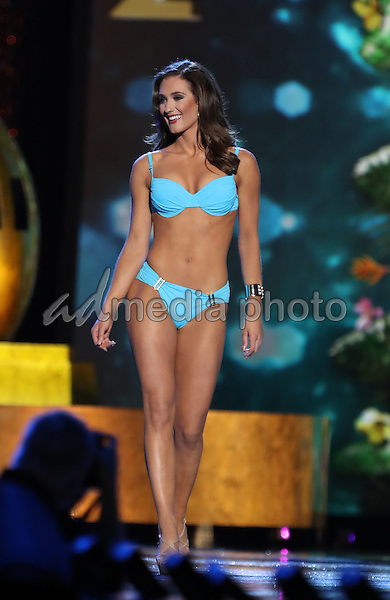 08 September 2016 - Atlantic City, New Jersey - Miss Oregon, Alexis Mather .  2017 Miss America Preliminary Competition, Day 3, at Boardwalk Hall. Photo Credit: MJT/AdMedia