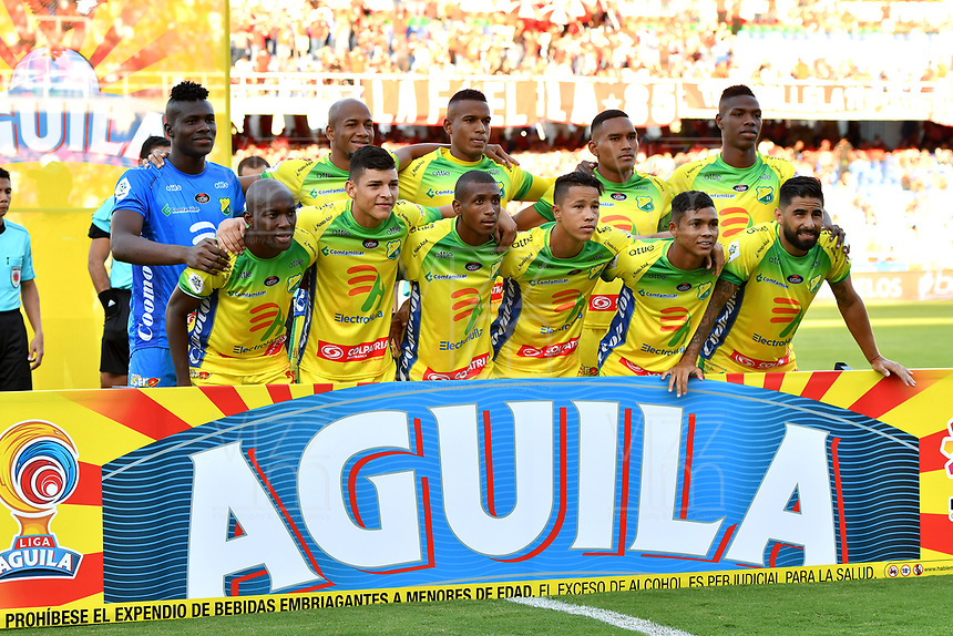 CALI - COLOMBIA, 30-09-2018: Los jugadores de Atlético Huila, posan para una foto, antes de partido entre América de Cali y Atlético Huila, de la fecha 12 por la Liga Aguila II 2018 jugado en el estadio Pascual Guerrero de la ciudad de Cali. / The players of Atletico Huila, pose for a photo, prior a match between America de Cali and Atletico Huila, of the 12th date for the Liga Aguila II 2018 at the Pascual Guerrero stadium in Cali city. Photo: VizzorImage / Nelson Ríos / Cont.