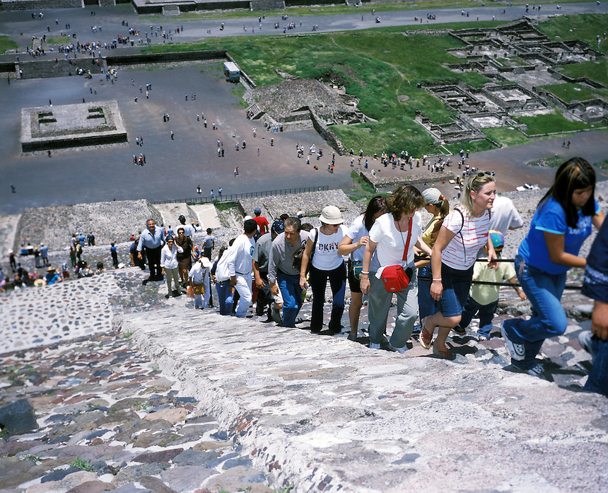 "Tourists climb up the piramid of the sun in teotihuacan, mexico 2004. Exhibited in the Salon Malafama as part of the ""Vacaciones"" series, Mexico City July, 2006"