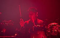 """CIUDAD DE MÉXICO, DF.  Agosto 06, 2013.-La banda britanica Alt-J durante su concierto en el Plaza Condesa de la Ciudad de México. Para presentar su más reciente producción """"An Awesome Wave """".  FOTO: ALEJANDRO MELÉNDEZ<br /> <br /> MEXICO CITY, DF. August 6, 2013.-The British band Alt-J during his concert at the Plaza Condesa in Mexico City. To present itve"""". s latest production """"An Awesome Wa PHOTO: ALEJANDRO MELENDEZ"""