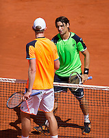 02-06-13, Tennis, France, Paris, Roland Garros,  David Ferrer is congretulated by Anderson