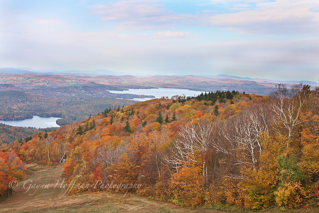 Fall foliage, mountain view. Lake Sunapee region.
