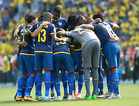 BARRANQUILLA - COLOMBIA -29-03-2016: Jugadores de Ecuador, durante partido entre los seleccionados de Colombia y Ecuador, por la fecha 6 para la clasificación sudamericana a la Copa Mundial de la FIFA Rusia 2018, jugado en el estadio Metropolitano Roberto Melendez en Barranquilla. /  Players of Ecuador, during match between the teams of Colombia and Ecuador, for the date 6 for the Qualifier FIFA World Cup Russia 2018, played at Metropolitan stadium Roberto Melendez in Barranquilla. Photo: VizzorImage / Luis Ramirez / Staff.
