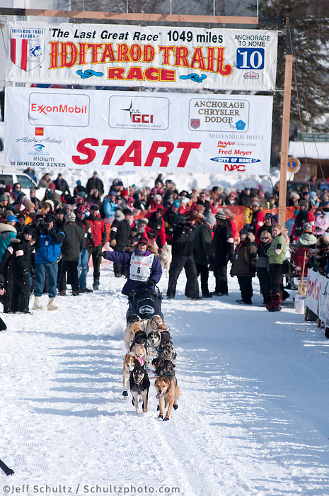 2010 Iditarod Re-start in Willow Alaska musher # 6 JESSIE ROYER.