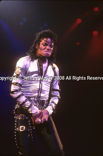 Los Angeles, CA. - June 28: Michael Jackson : Michael Jackson in concert at The Forum on January 17, 1989 in Los Angeles, California.