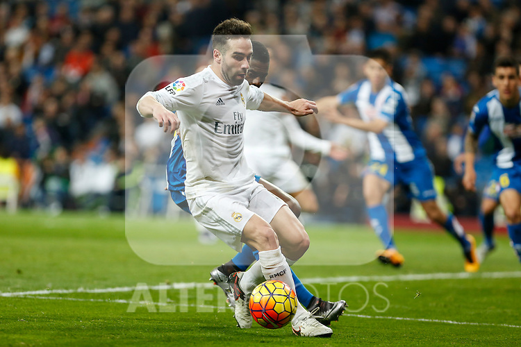 Real Madrid´s Carvajal during 2015/16 La Liga match between Real Madrid and Espanyol at Santiago Bernabeu stadium in Madrid, Spain. January 31, 2016. (ALTERPHOTOS/Victor Blanco)