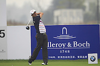 Felipe Aguilar (CHI) tees off the 15th tee during Friday's Round 2 of the 2014 BMW Masters held at Lake Malaren, Shanghai, China 31st October 2014.<br /> Picture: Eoin Clarke www.golffile.ie