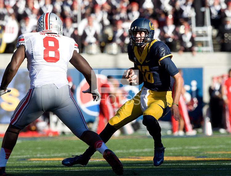 California quarterback Jared Goff runs the ball during the game against Ohio State at Memorial Stadium in Berkeley, California on September 14th, 2013.  Ohio State defeated California, 52-34.