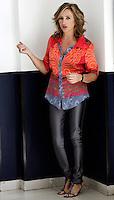 """L'attrice e modella Lunetta Savino posa durante un photocall per la presentazione del film """"Bar Sport"""", a Roma, 17 ottobre 2011..Italian actress and model Lunetta Savino poses during a photocall for the presentation of the movie """"Bar Sport"""" in Rome, 17 october 2011..UPDATE IMAGES PRESS/Riccardo De Luca"""