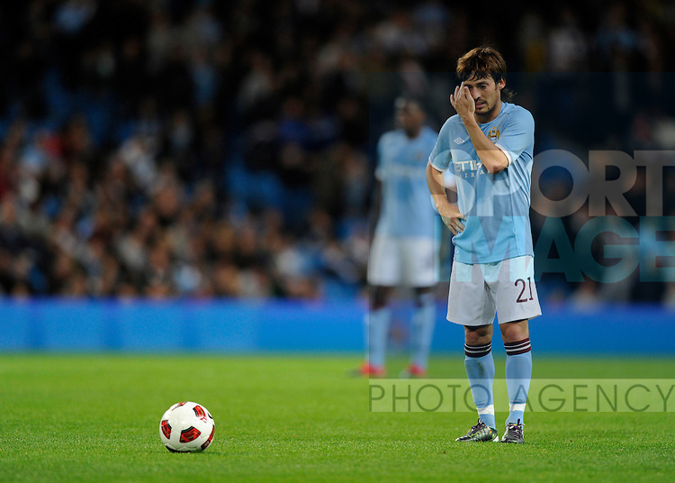 David Silva of Manchester City lines up a free kick