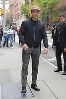 NEW YORK, NY- NOVEMBER 7: Ben McKenzie at Build Series in New York City on November 7, 2019.        <br /> CAP/MPI/EN<br /> ©EN/MPI/Capital Pictures
