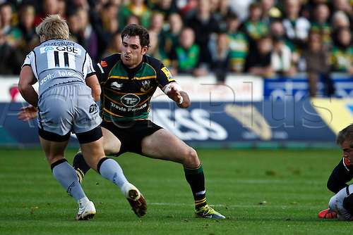 30.10.2010 Aviva Premiership Rugby Northampton Saints v Newcastle Falcons.  Northampton's Jon Clarke tackles Newcastle's Charlie Amesbury.