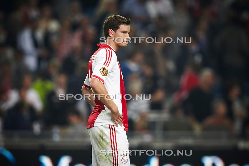 Nederland, Amsterdam, 24 september 2011 .Eredivisie .Seizoen 2011-2012.Ajax-FC Twente (1-1).Jan Vertonghen  aanvoerder van Ajax baalt na afloop van de wedstrijd