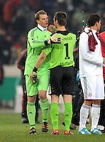 FUSSBALL   DFB POKAL   SAISON 2011/2012   VIERTELFINALE VfB Stuttgart - FC Bayern Muenchen                      08.02.2012 Torwart Manuel Neuer (li, FC Bayern Muenchen) mit Torwart Sven Ulreich (VfB Stuttgart)