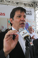 SAO PAULO, SP, 02.09.2013 - O prefeito de São Paulo, Fernando Haddad durante visita à ao CEI e à EMEI Alfazema, na Rua Itapipinas, 570, Jardim Nordeste, em São Paulo (SP), na manhã desta segunda-feira (2).(Foto: Vanessa Carvalho / Brazil Photo Press).