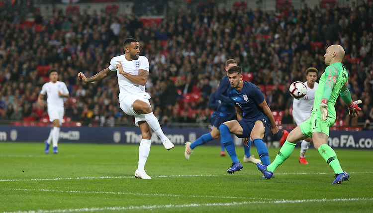 England's Callum Wilson with a first half chance<br /> <br /> Photographer Rob Newell/CameraSport<br /> <br /> The Wayne Rooney Foundation International - England v United States - Thursday 15th November 2018 - Wembley Stadium - London<br /> <br /> World Copyright © 2018 CameraSport. All rights reserved. 43 Linden Ave. Countesthorpe. Leicester. England. LE8 5PG - Tel: +44 (0) 116 277 4147 - admin@camerasport.com - www.camerasport.com