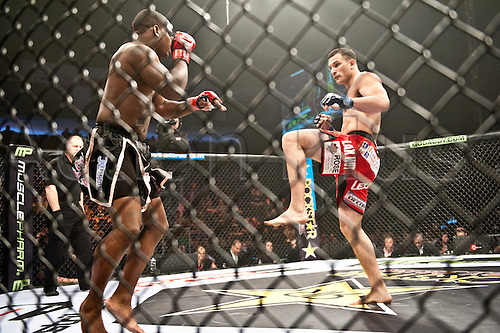 24.06.2011, Washinton, USA.   Gian Villante prepares a leg kick against Lorenz Larkin during the STRIKEFORCE Challengers at the ShoWare Center in Kent, Washington. Larkin won the fight in a unanimous decision.
