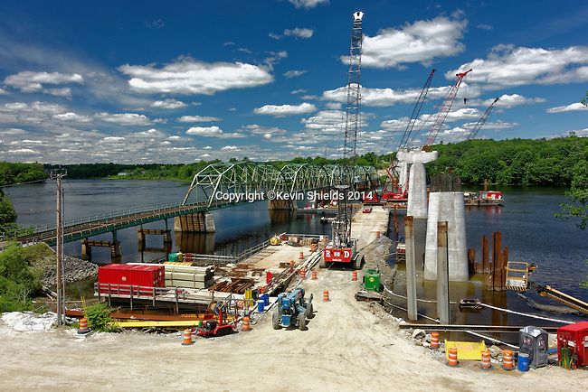 Bridge being replaced on the Kennebec River in Dresden, Lincoln County, Maine, USA