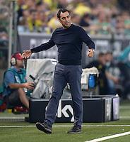 FUSSBALL  1. BUNDESLIGA  SAISON 2013/2014   3. SPIELTAG Borussia Dortmund - Werder Bremen                  23.08.2013 Trainer Robin Dutt (SV Werder Bremen)  an der Seitenlnie
