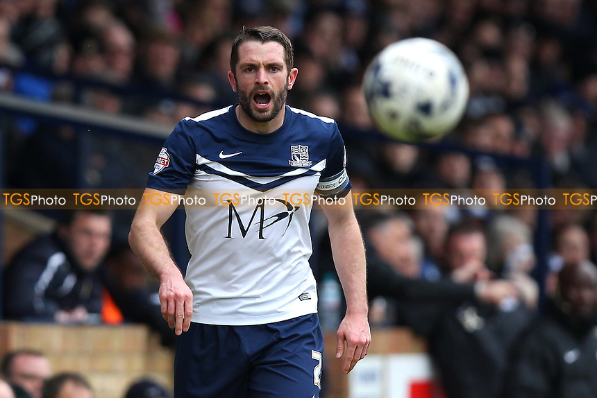 John White of Southend United - Southend United vs Cambridge United - Sky Bet League Two Football at Roots Hall, Southend-on-Sea, Essex - 21/03/15 - MANDATORY CREDIT: Gavin Ellis/TGSPHOTO - Self billing applies where appropriate - contact@tgsphoto.co.uk - NO UNPAID USE