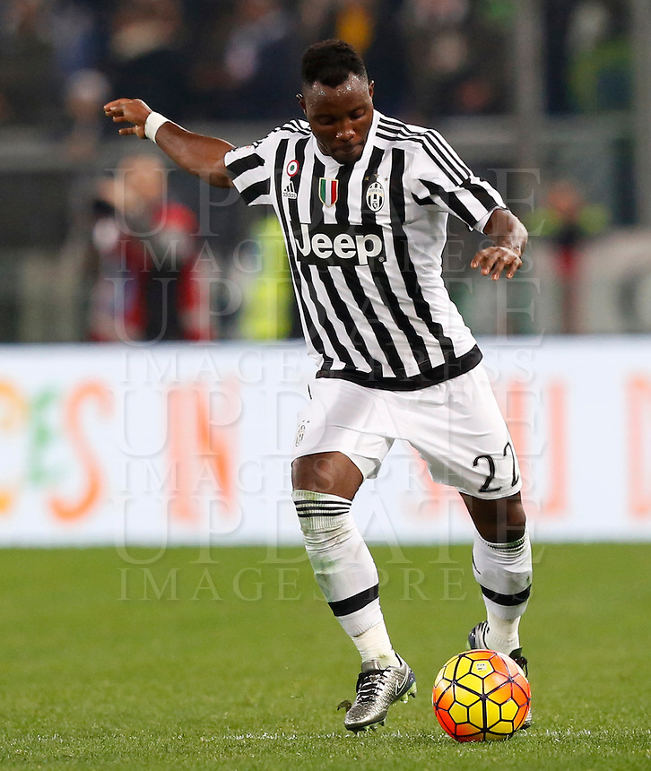 Calcio, Serie A: Lazio vs Juventus. Roma, stadio Olimpico, 4 dicembre 2015.<br /> Juventus' Kwadwo Asamoah in action during the Italian Serie A football match between Lazio and Juventus at Rome's Olympic stadium, 4 December 2015.<br /> UPDATE IMAGES PRESS/Riccardo De Luca