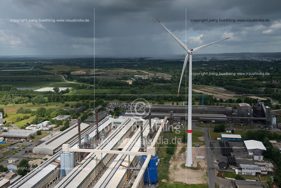 GERMANY, Hamburg, Siemens wind turbine / DEUTSCHLAND, Hamburg, Trimet Gelaende, Siemens Windkraftanlage des kommunalen Stromerzeuger Hamburg Energie