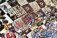 Tony Stewart and his new team celebrate their second win of the season in Daytona's Victory Lane..4 July, 2009, Daytona Beach, Florida USA..©2009 F.Peirce Williams, USA.