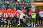 20.07.2018, Zillertalarena, Zell am Ziller, AUT, FSP, 1.FBL, SV Werder Bremen (GER) vs 1. FC Koeln (GER), im Bild<br /> <br /> Fridolin Wagner (Werder Bremen #25)<br /> Simon Zoller (Koeln #11)<br /> Foto © nordphoto / Kokenge