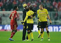 Fussball Bundesliga Saison 2011/2012 13. Spieltag FC Bayern Muenchen - Borussia Dortmund V.l.: David ALABA (FCB), Trainer Juergen KLOPP (BVB), Mario GOETZE (BVB), Kevin GROSSKREUTZ (BVB).