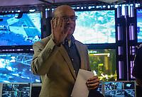 SAO PAULO, 20 DE AGOSTO DE 2012 - ELEICOES 2012 SERRA - Candidato Jose Serra (PSDB) em visita a Central de Monitoramento da GCM (Guarda Civil Metropolitana), na Luz, regiao central da capital, na tarde desta segunda feira. FOTO: ALEXANDRE MOREIRA - BRAZIL PHOTO PRESS
