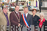 WELCOME: Killarney Mayor Niall O'Callaghan welcomes Mayor Jean-Gerard Pavmier to Killarney on Monday evening as part of Killarney twinning with Saint Avertin, France l-r: Sean Counihan, Mayor Niall O'Callaghan, Mayor Jean-Gerard Pavmier, Olivia Courtney and Michelle Hervet.   Copyright Kerry's Eye 2008