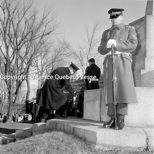 Jour du souvenir, 11 novembre 1966 a Quebec.<br /> <br /> PHOTO : Agence Quebec Presse - Photo Moderne