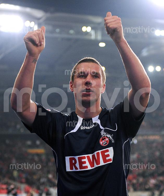 Fussball 1. Bundesliga:  Saison   2010/2011    13. Spieltag VfB Stuttgart - FC Koeln   21.11.2010 JUBEL Lukas Podolski (1. FC Koeln)