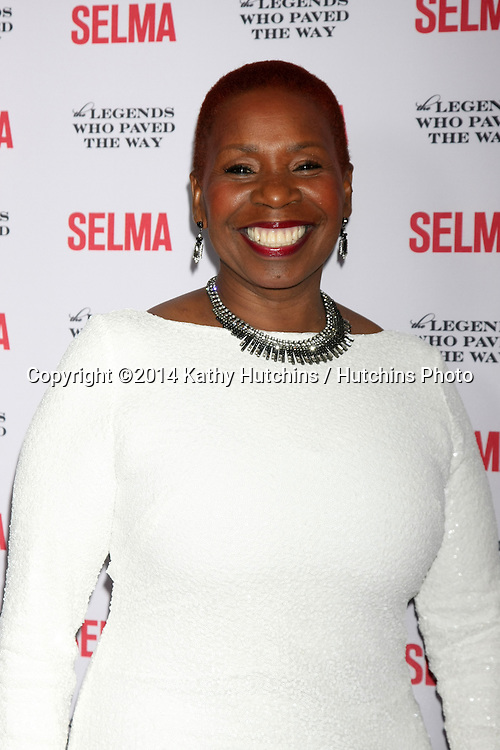 "SANTA BARBARA - DEC 6:  Iyanla Vanzant at the ""Selma"" & Legends Who Paved the Way Gala at the Bacara Resort & Spa on December 6, 2014 in Goleta, CA"