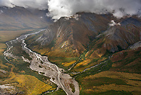 Itkillik River, Brooks Range mountains, Gates of the Arctic National Park, Alaska.