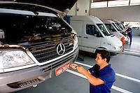 Belo Horizonte_MG, Brasil...Concessionaria em Belo Horizonte, Minas Gerais...The dealership in Belo Horizonte, Minas Gerais...Foto: LEO DRUMOND / NITRO