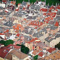 France, Rhône-Alpes, Département Rhône, Lyon: View over Rooftops | Frankreich, Rhône-Alpes, Département Rhône, Lyon: Blick ueber die Daecher der Altstadt