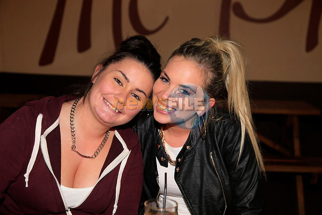Sarah Everitt and Bromwin Dunne out on the Town.<br /> Picture: Fran Caffrey www.newsfile.ie