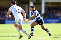 Ben Tapuai of Bath Rugby passes the ball. Aviva Premiership match, between Bath Rugby and Saracens on September 9, 2017 at the Recreation Ground in Bath, England. Photo by: Patrick Khachfe / Onside Images
