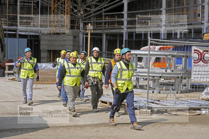 - Milano, lavoratori del cantiere per  l'Esposizione Mondiale Expo 2015<br /> <br /> - Milan, workers of  construction site for the World Exhibition Expo 2015