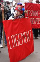 Manif pour le logement en novembre 2001<br /> <br /> <br /> PHOTO : Agence Quebec presse