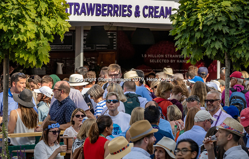 London, England, 3 July, 2019, Tennis,  Wimbledon, Ambiance, strawberries<br /> Photo: Henk Koster/tennisimages.com