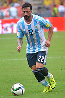 BARRANQUILLA - COLOMBIA - 17-11-2015: Ezequiel Lavezzi jugador de Argentina en acción durante partido con Colombia válido por la clasificación a la Copa Mundo FIFA 2018 Rusia jugado en el estadio Metropolitano Roberto Melendez en Barranquilla. / Ezequiel Lavezzi player of Argentina in action during match against Colombia valid for the 2018 FIFA World Cup Russia Qualifiers played at Metropolitan stadium Roberto Melendez in Barranquilla. Photo: VizzorImage / Alfonso Cervantes / Str