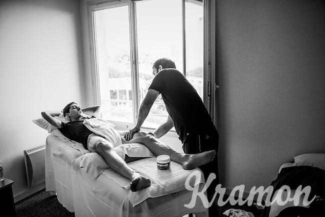 after the stage, back at the Mitchelton-Scott team hotel, Mikel Nieve (ESP/Mitchelton-Scott) gets a massage<br /> <br /> Stage 2: Mouilleron-Saint-Germain > La Roche-sur-Yon (183km)<br /> <br /> Le Grand Départ 2018<br /> 105th Tour de France 2018<br /> ©kramon