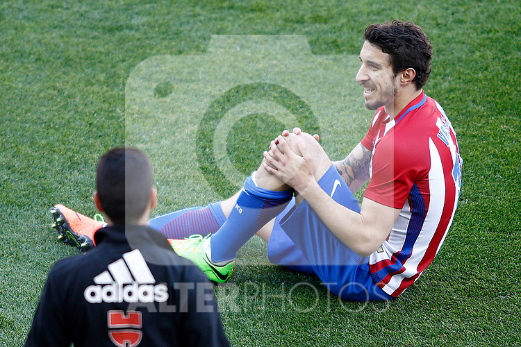Atletico de Madrid's Sime Vrsaljko injured during La Liga match. March 19,2017. (ALTERPHOTOS/Acero)