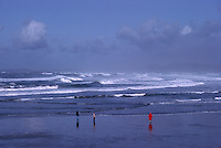 People walking on Beach near Long Beach and Tofino, West Coast of Vancouver Island, BC, British Columbia, Canada