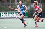 AMSTELVEEN -  Hannah Lemmens (Hurley)  met Julia Verschoor (HDM). Hoofdklasse competitie dames, Hurley-HDM (2-0) . FOTO KOEN SUYK